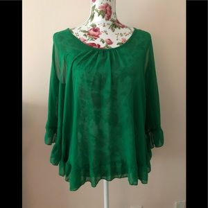 Double zero green flowy boho blouse